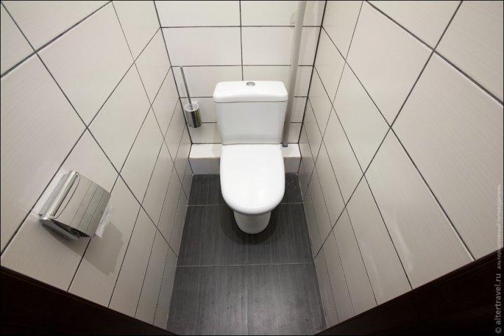 Оздоблення стін в туалеті