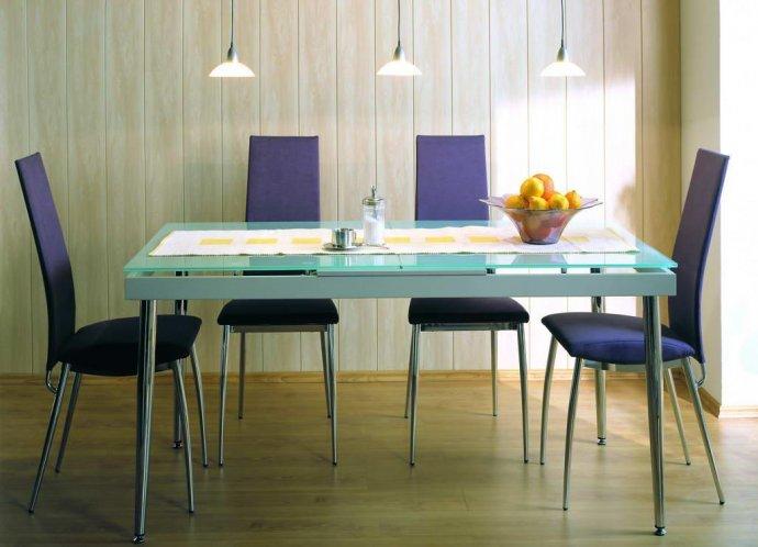 Кухня, оброблена панелями МДФ