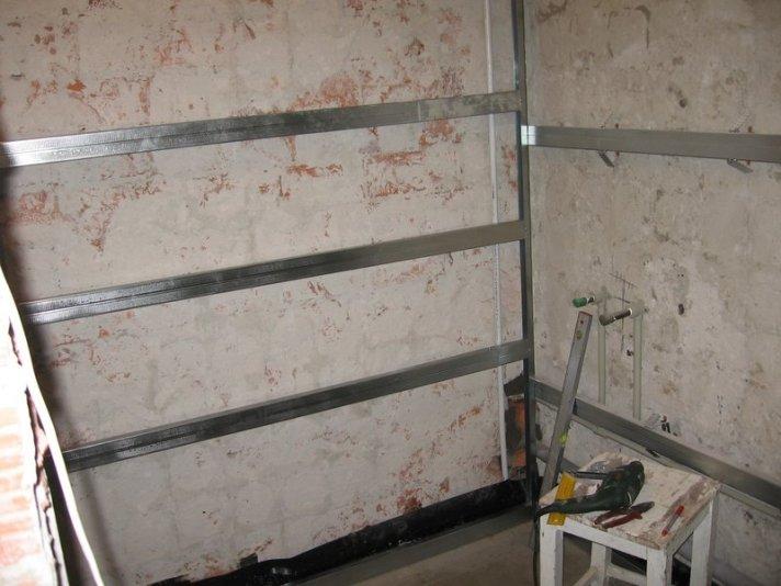 Готова для обшивки стіна