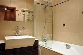 Дизайн суміщеної ванної кімнати з туалетом в хрущовці