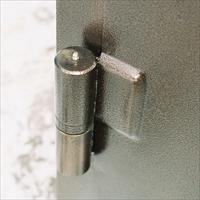 Як правильно приварити петлі на ворота?