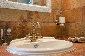 Плитка для ванною